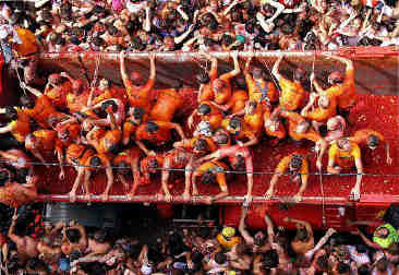 Tomatina12_gallery__582x400-600x400