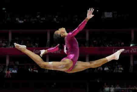 Gabby-douglas-iconic-photo-16x9