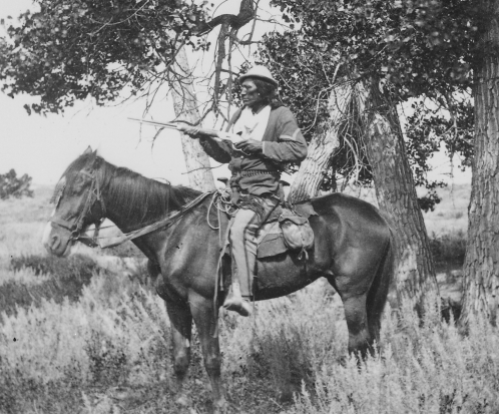 Bloody_Knife _Custer's_scout _on_Yellowstone_Expedition _1873_-_NARA_-_524373
