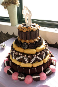 Red_neck_wedding_cake